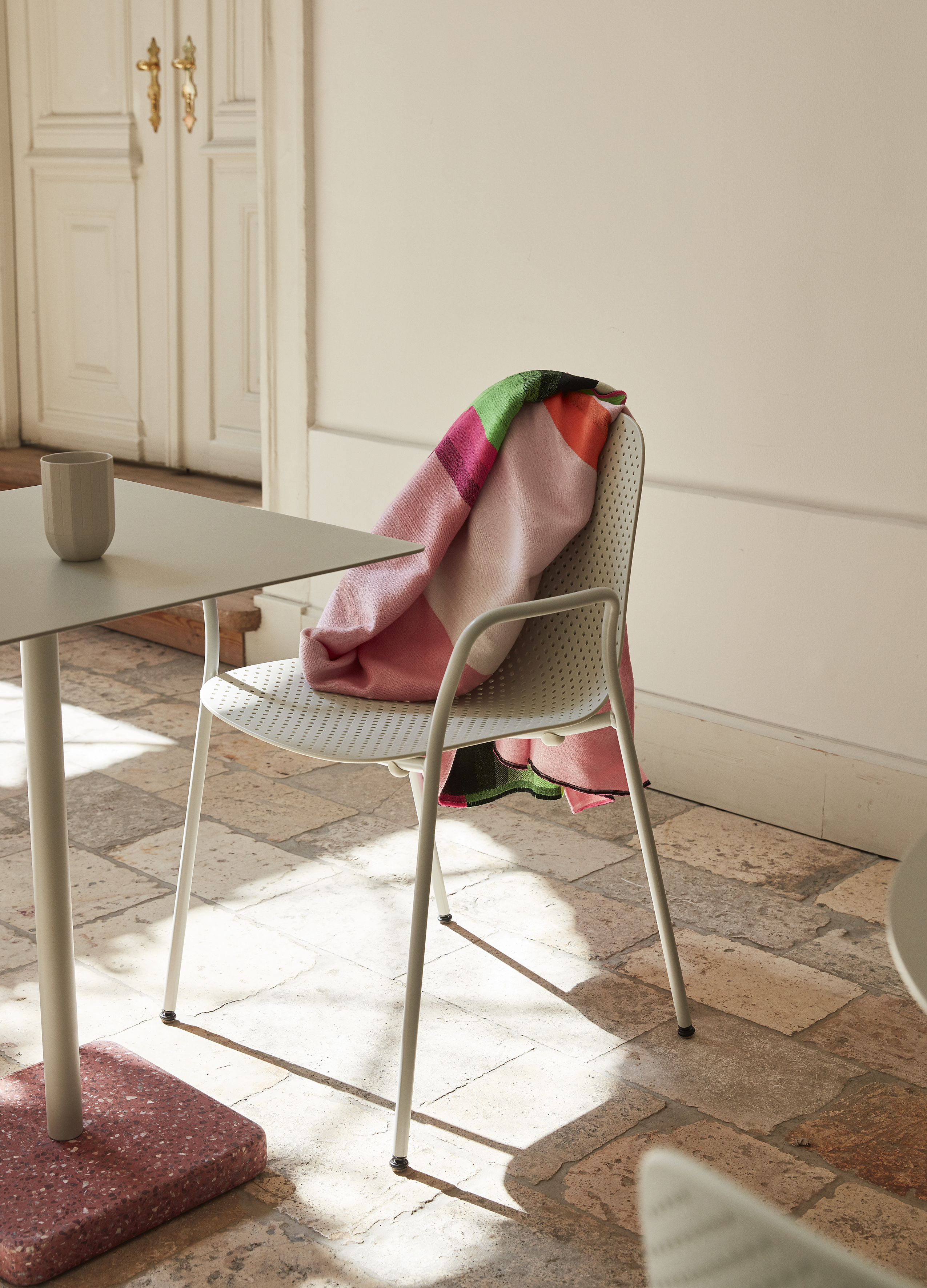 13 Eighty chair Terrazzo table HAY Mallorca