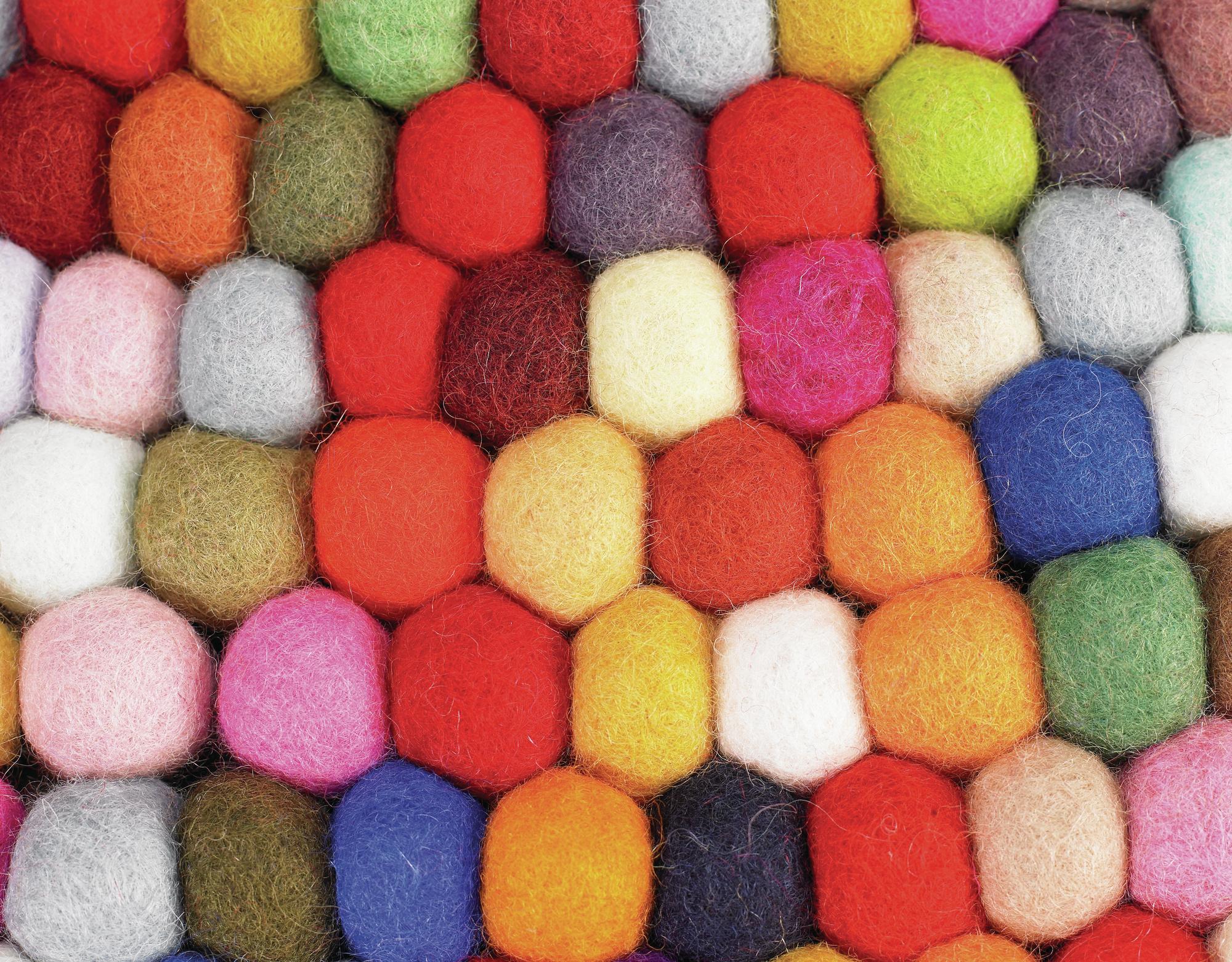alfombra lana colores hay muebles