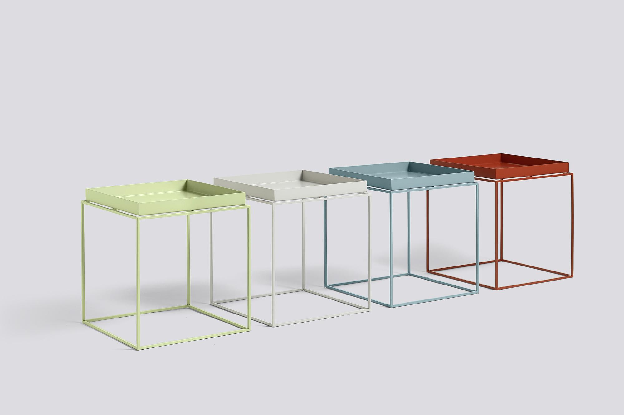 mesa auxiliar cuadrada hay muebles