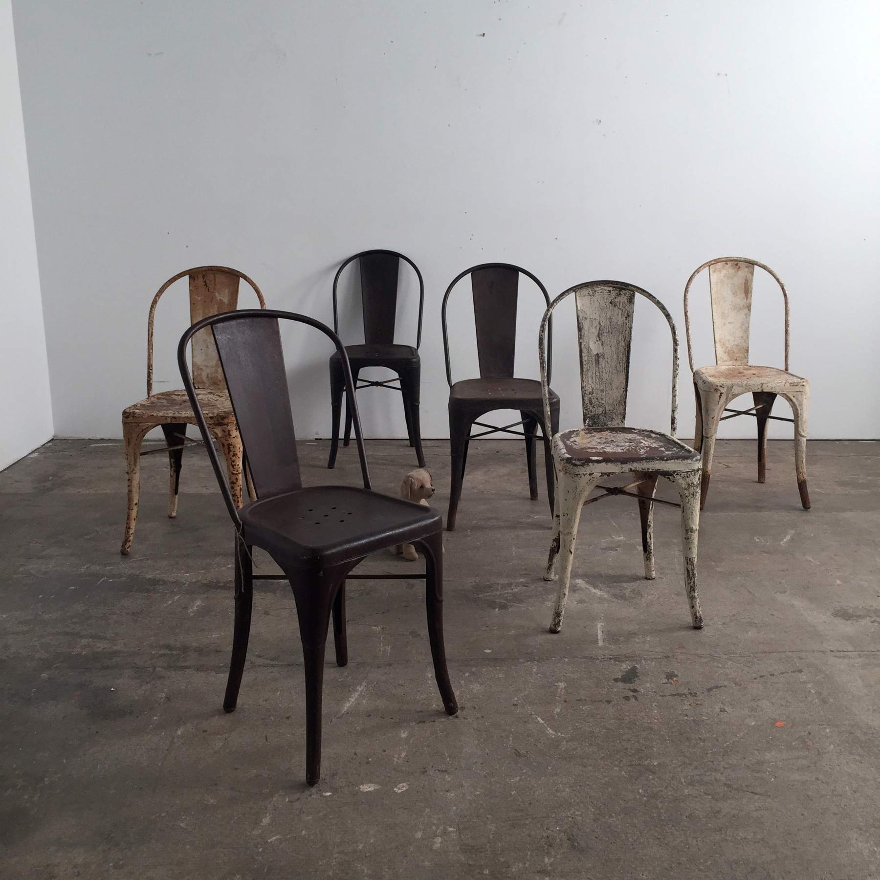 sillas ocre metal tolix muebles mallorca