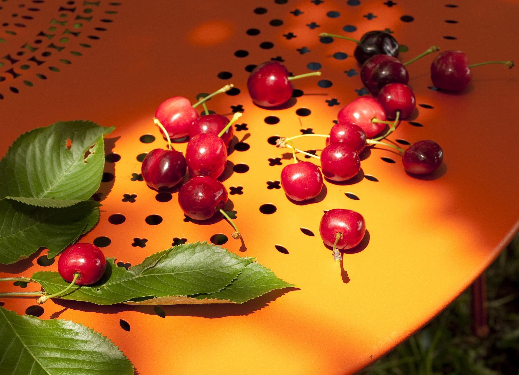 detalle mesa exterior fermob mallorca