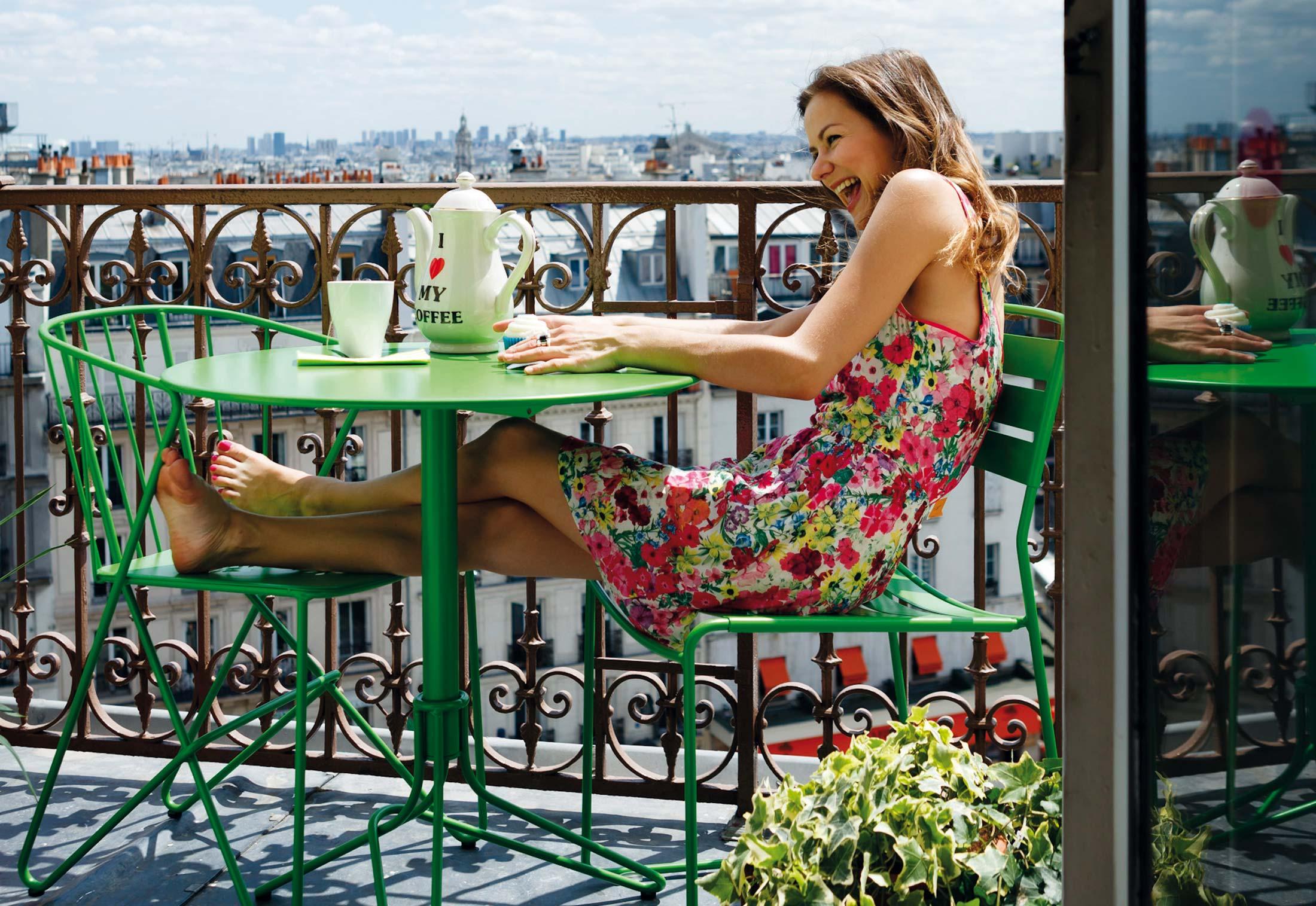 mesa y sillas balcon fermob mallorca